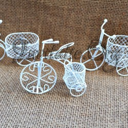 Marturii Bicicleta din metal alba