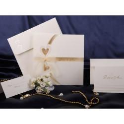 Invitatie de nunta eleganta cu inimioare si fundita 50422