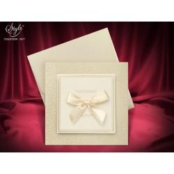 Invitatie de nunta eleganta cu fundita crem 3677