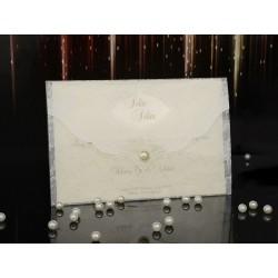 Invitatie de nunta eleganta cu model dantelat si perla 15050