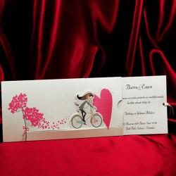 Invitatie de nunta haioasa cu miri pe bicicleta 239