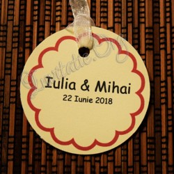Eticheta rotunda cu model floricica ivoire 1