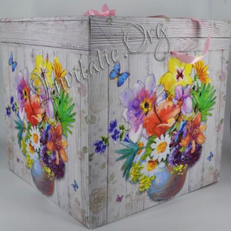 Cutie de trusou Botez cu flori si fluturi