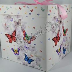 Cutie de trusou Botez cu Fluturi colorati